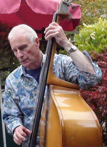 Roger Davis, playing some hard-driving double bass